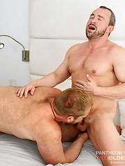 Eric Schwanz Takes Bryan Knight's Uncut Raw Cock - Gay porn pics at Gaystick