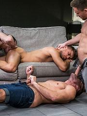MANUEL SKYE, ANDREY VIC, JAVI VELARO, KLIM GROMOV - Gay porn pics at Gaystick