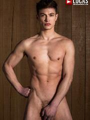 VIKTOR ROM SPLITS RUSLAN ANGELO IN HALF - Gay porn pics at Gaystick
