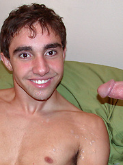A TASTE OF THE JOB - Gay porn pics at Gaystick
