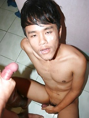 Cute asian twink takes 5 cum load from his young buddies - Gay porn pics at GayStick.com
