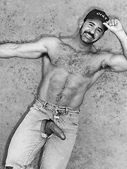 Hairy dad shooting in vintage scene - Gay porn pics at Gaystick