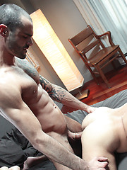 Two gay models Damien Crosse and Issac Jones suck and fuck - Gay porn pics at GayStick.com