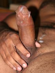 Naked latin dude jerks off his penis - Gay porn pics at GayStick.com
