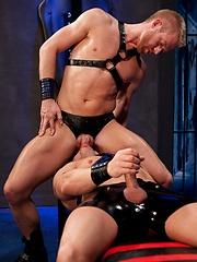 Chris Daniels and Marc Dylan fucking on the leather sling - Gay porn pics at GayStick.com