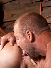 Two alpha men Tom Wolfe and Ayden Marx fuck each other holes