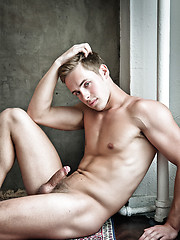 Justin Cruise takes Adrian Long balls deep - Gay porn pics at GayStick.com