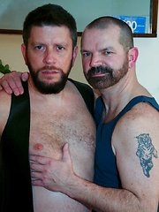 Handsome Rob Hunter is back for more in Baltimore with new cummer Randy Scott - Gay porn pics at GayStick.com