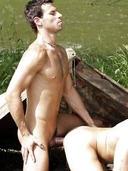 A hot hole - Gay porn pics at GayStick.com