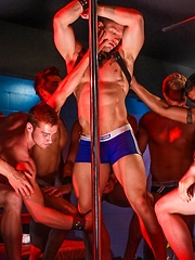 Gays orgy in strip bar - Gay porn pics at GayStick.com