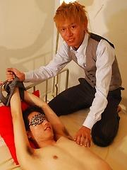 Takuya likes to get kinky - Gay porn pics at GayStick.com