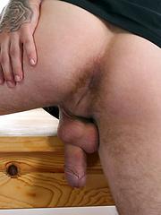 Simon Archer Takes a Long Shot - Gay porn pics at GayStick.com