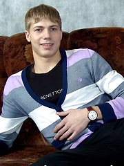 Ripped blond teen hunk Geffrey is the ultimate twink fantasy - Gay porn pics at GayStick.com