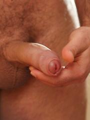 Beefy young cub Billy Essex - Gay porn pics at GayStick.com