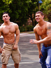 Topher DiMaggio fucks Tate Ryder - Gay porn pics at GayStick.com