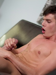 The sexy Christian Collins makes his return to Helix in this unforgettable LIVE show - Gay porn pics at GayStick.com