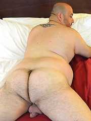 Rob Rider was eager to show off his massive dick for us - Gay porn pics at GayStick.com