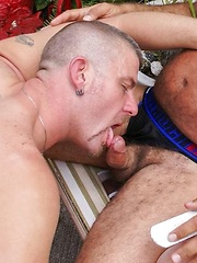 Jeff Grove and Christian Matthews - Gay porn pics at GayStick.com