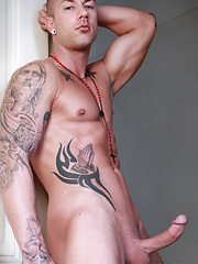 Christian Wilde and  Rod Daily fucking - Gay porn pics at GayStick.com
