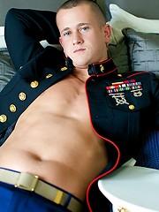 A Marine That's Hung Like A Horse - Gay porn pics at GayStick.com
