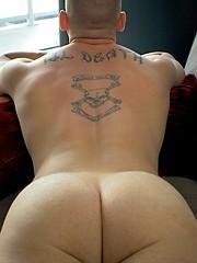 Dashing Marine Dorian's Sensual Solo - Gay porn pics at GayStick.com