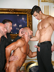 Muscled hunks fucking each other - Gay porn pics at GayStick.com