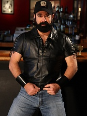 When you are the prowl for a hot bear playmate, you wont be disappointed to find sexy bear Scott Cardinal in a bar - Gay porn pics at GayStick.com