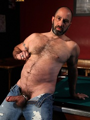 Beefy bear Paxton Hall loves to cruise the Lone Star Saloon for hot man ass - Gay porn pics at GayStick.com