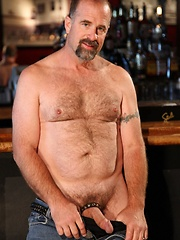 Hot bear, Clint Taylor is quite the man behind the bar - Gay porn pics at GayStick.com