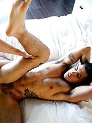 Gabriel Clark Rams Ricky Roman - Gay porn pics at GayStick.com