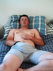 Jeremy Strokes One Out - Gay porn pics at GayStick.com