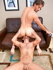 Sexy dad gets facial cumshot - Gay porn pics at GayStick.com