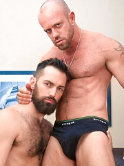 Matthew Stevens & Rich Kelly - Gay porn pics at GayStick.com
