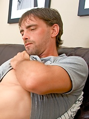 Hairy dad Joe Parker strokes his cock - Gay porn pics at GayStick.com