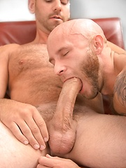 Drake Jayden vs Girth Brooks - Gay porn pics at GayStick.com