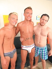 Guys group jerking - Gay porn pics at GayStick.com