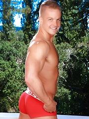 Blonde handsome Liam Magnuson - Gay porn pics at GayStick.com