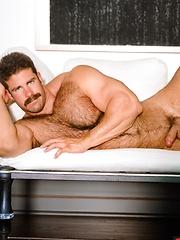 Pete Kuzak sexy pics - Gay porn pics at GayStick.com