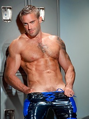 Oiled Jake Genesis in locker room - Gay porn pics at GayStick.com
