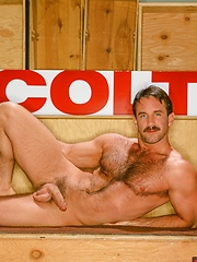 Steve Kelso vintage style pics - Gay porn pics at GayStick.com