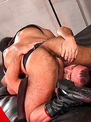 Sexy hunks in leather straps - Gay porn pics at GayStick.com