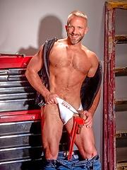 Dirk Caber solo pics - Gay porn pics at GayStick.com
