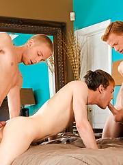 3 hot twinks fucking - Gay porn pics at GayStick.com