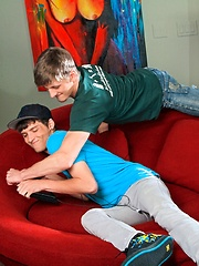 Kyle Lawrence and Tyler Banks fuck - Gay porn pics at GayStick.com