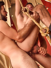 Jimmy Fanz vs Josh Long - Gay porn pics at GayStick.com