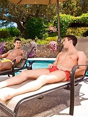Sexy boys in speedos - Gay porn pics at GayStick.com