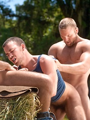 These dudes are three really good friends! - Gay porn pics at GayStick.com