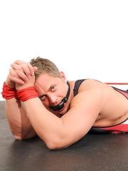 Brenden Cage Masturbating - Gay porn pics at GayStick.com