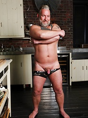 Brent Cage - Gay porn pics at GayStick.com
