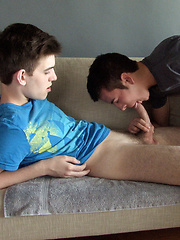 Damien Day and Jack sucking each other cocks - Gay porn pics at GayStick.com